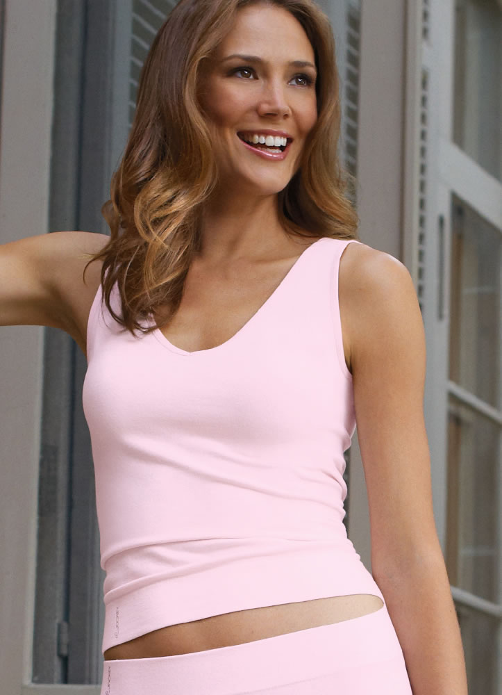Jockey® Naturals Seamfree® V-neck Tank (2 of 2)