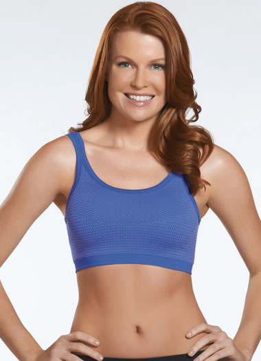 Jockey® Seamless Textured Sports Bra w/ removable cups