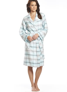 Jockey® Dizzy Plaid Flannel Robe